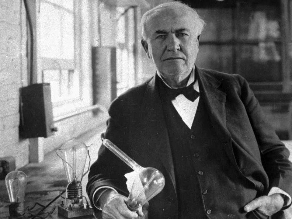 صوره من مخترع الكهرباء , اعرف اول من اخترع الكهرباء