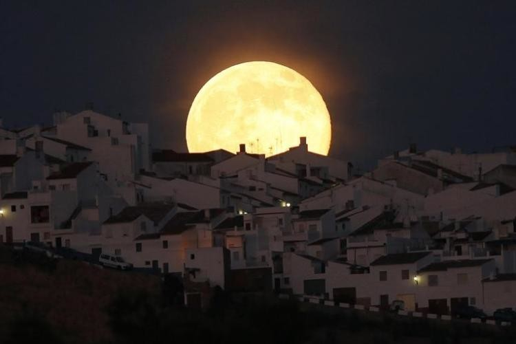بالصور صور للقمر , اجمل صور للقمر 5924 4
