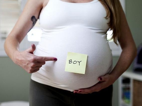 صورة شكل بطن الحامل ببنت او ولد بالصور