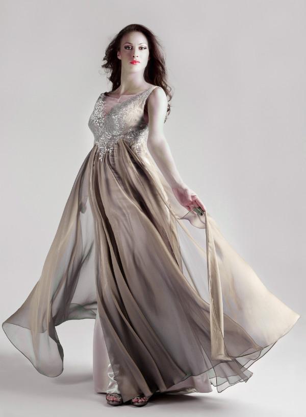 صورة فساتين سهرة للحوامل , تشكيله جديده لفساتين سواريه للحوامل 527 6