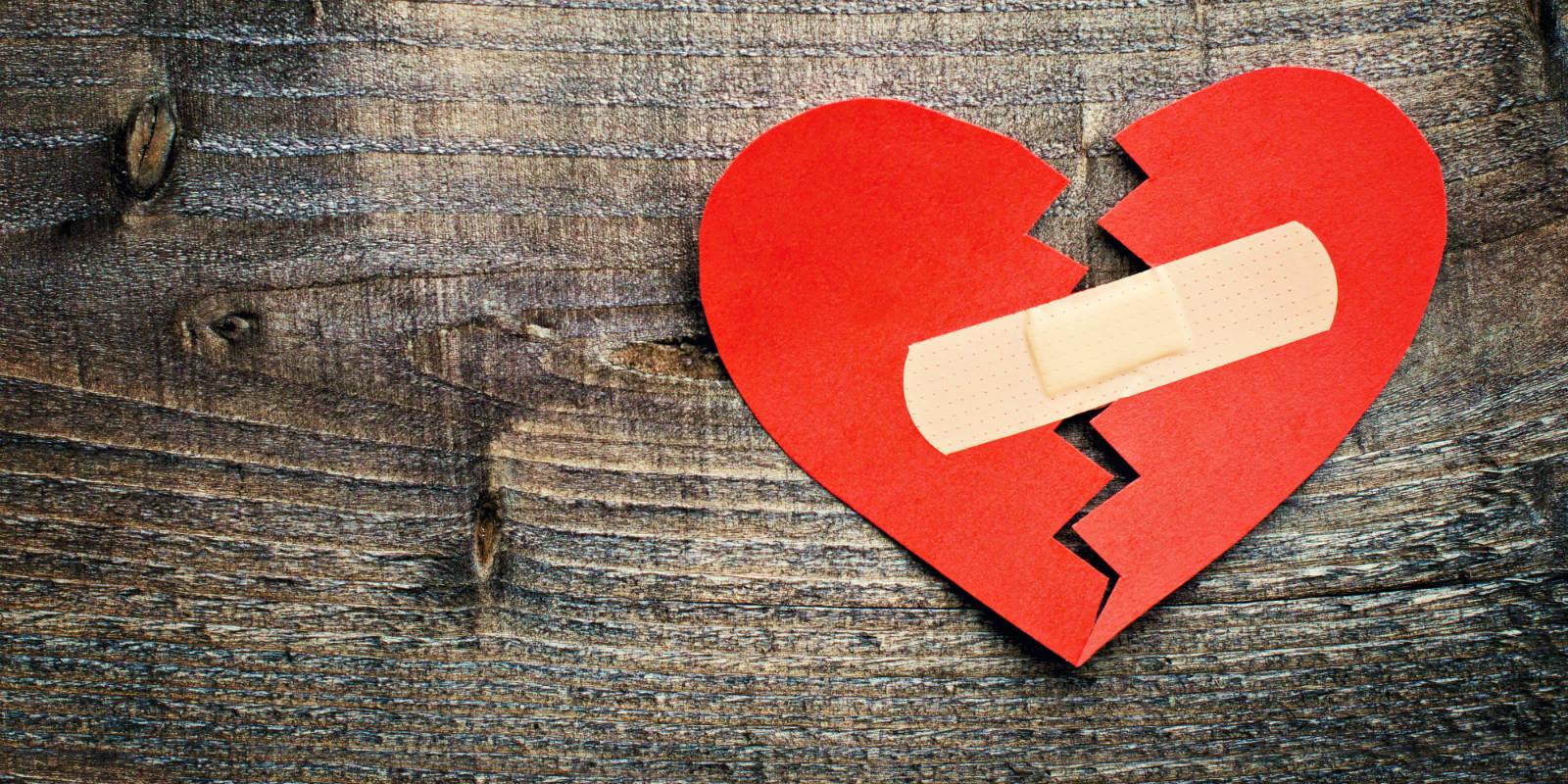بالصور صور قلب مكسور , اصعب الصور للقلوب المنكسرة 396 4