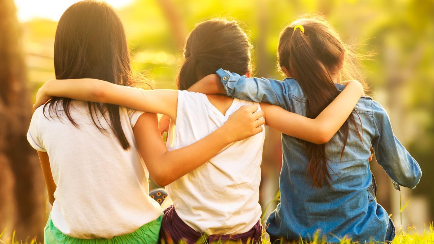 صوره كيف تجعل اصدقائك يحبونك , طرق للحفاظ على الصداقه