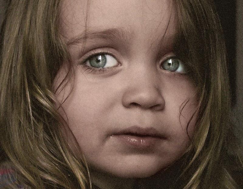 بالصور طفلة حزينة , اصعب لحظات بكاء الاطفال 641 3