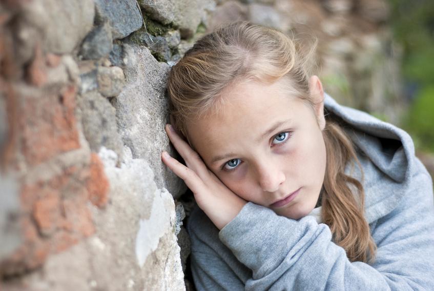 بالصور طفلة حزينة , اصعب لحظات بكاء الاطفال 641 4