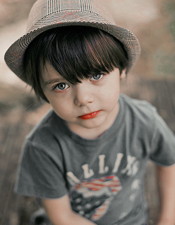 صور اولاد خلفيات اطفال صبيان احبك موت