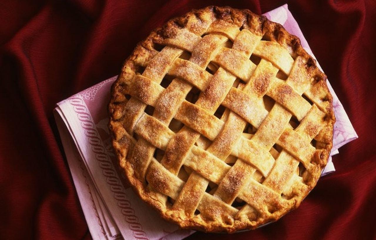 بالصور طريقة عمل فطيرة التفاح , كيفيه عمل فطيرة التفاح 5597
