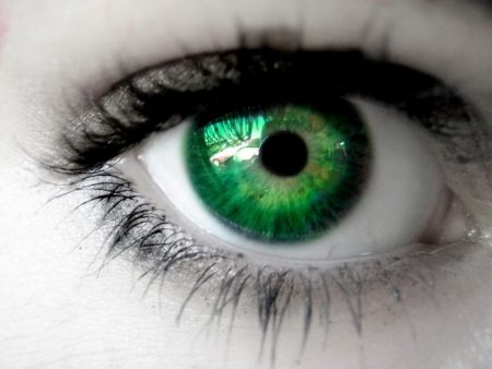 بالصور صور عيون خضر , اجمل خلفيات عين باللون الاخضر 6661