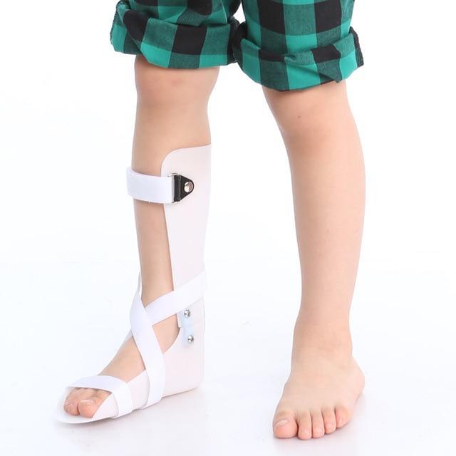 صور علاج تقوس الساقين عند الاطفال , علاج طقوس الساقين عند الاطفال الصغار