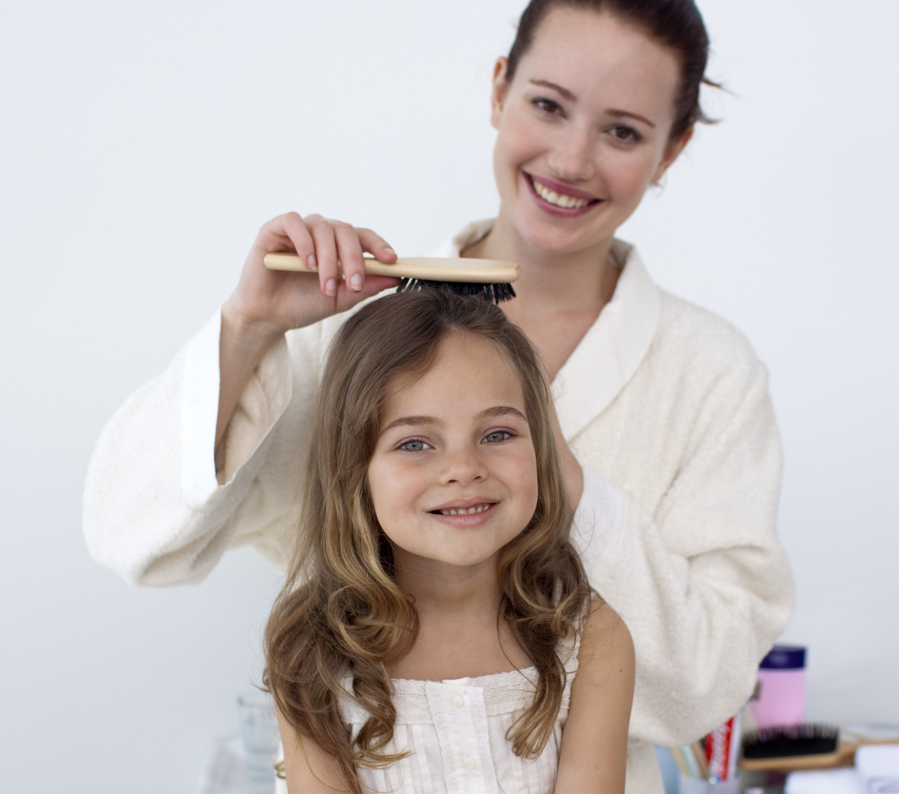 صور تنعيم شعر الاطفال كالحرير , تنعيم شعر الاطفال كالحرير بوصفات سهله