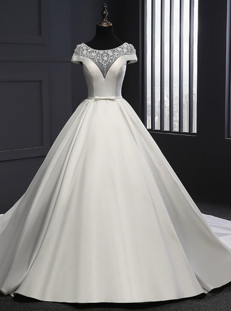 بالصور الفستان الابيض في المنام للعزباء , تفسير الفستان الابيض في المنام للعزباء 11588