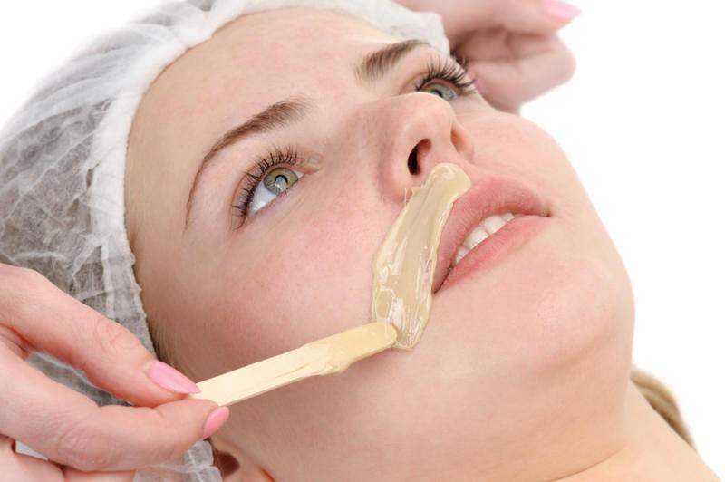 صورة كيفية نزع الشعر من الوجه , اسهل طريقه نزع الشعر من الوجه