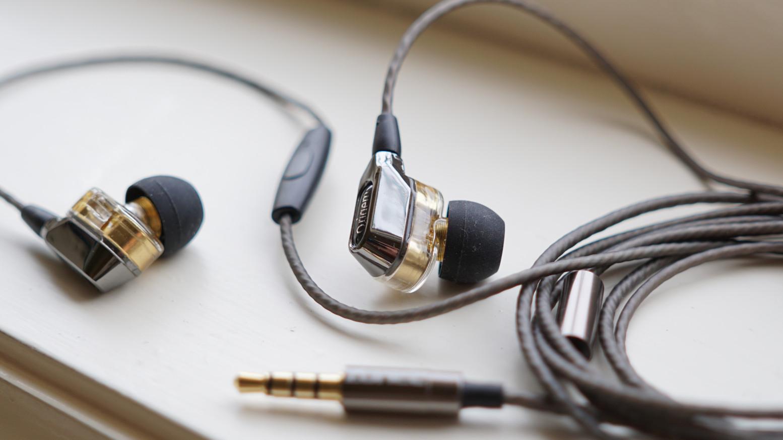 صور تصليح سماعات الاذن , كيف نحافظ على سماعات الاذن