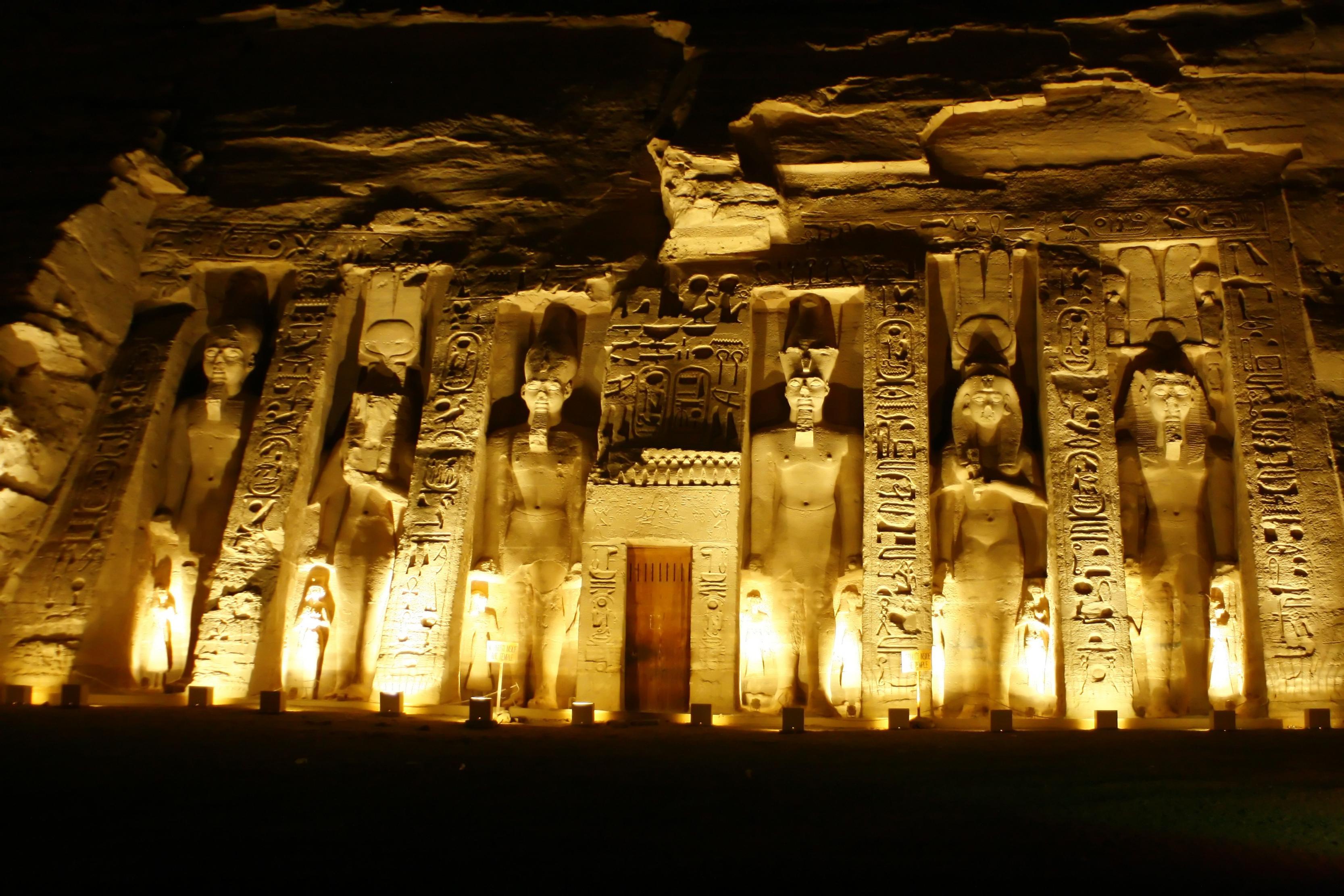 صورة موضوع عن حب مصر , اجمل واحلى بلاد فى العالم هى ام الدنيا 11723 1