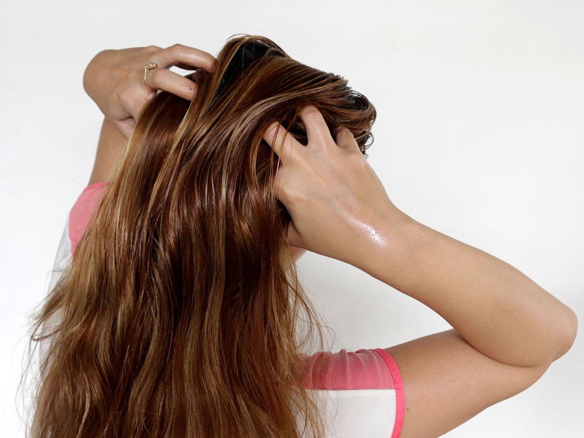 بالصور فيتامين لتطويل الشعر , اجمل فيتامين لتطويل الشعر طريقه بيتي 11821 4
